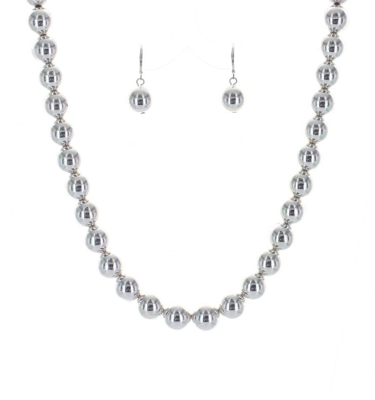 A photo of the Ball Necklace product