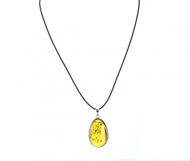 A photo of the 925 Sterling Silver Amber Pendant product