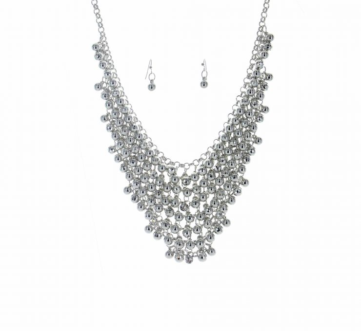 A photo of the Silver Beaded Necklace product
