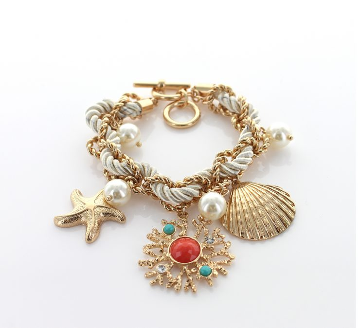 A photo of the Delicate Shades Statement Necklace product