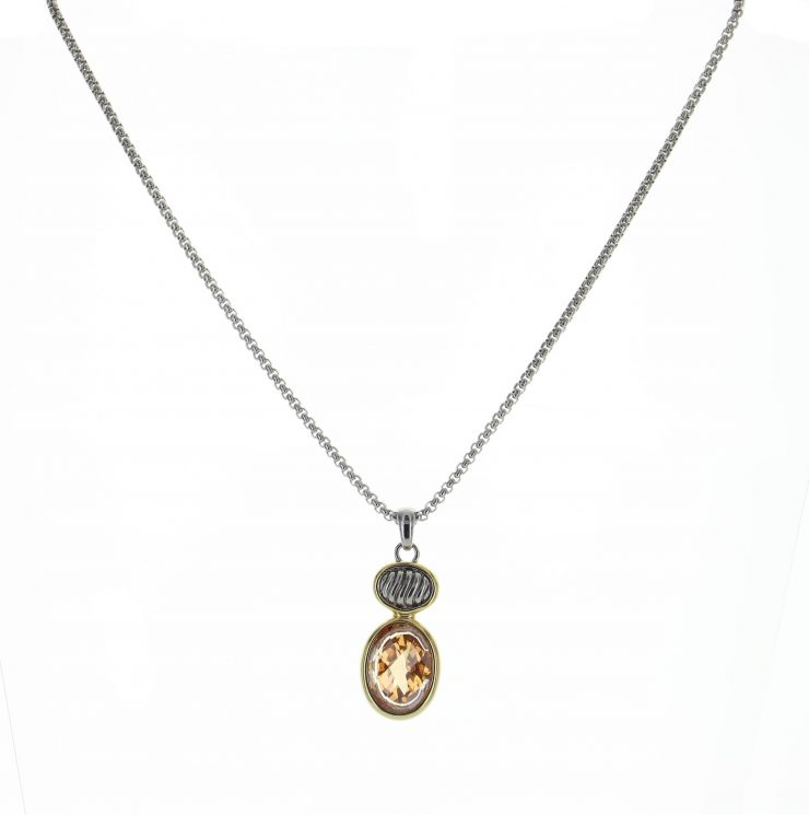 A photo of the Leanne Necklace product