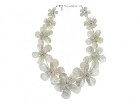 Mother of Pearl Flower Crown Necklace