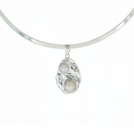 double_mother_pearl_pendant