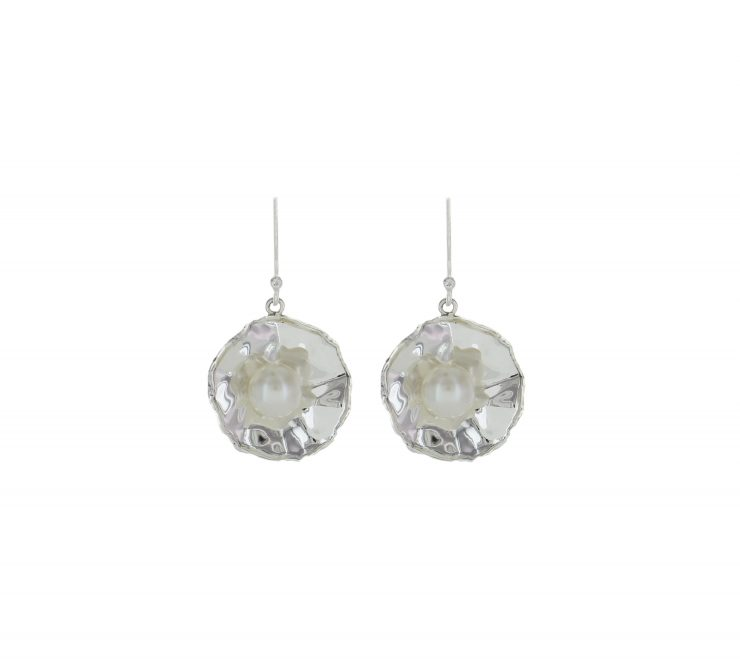 A photo of the Dangle Flower Mother Pearl Earrings product