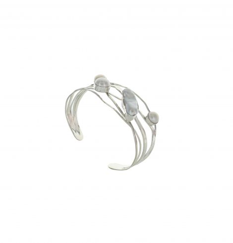 mother_pearl_wire_cuff2