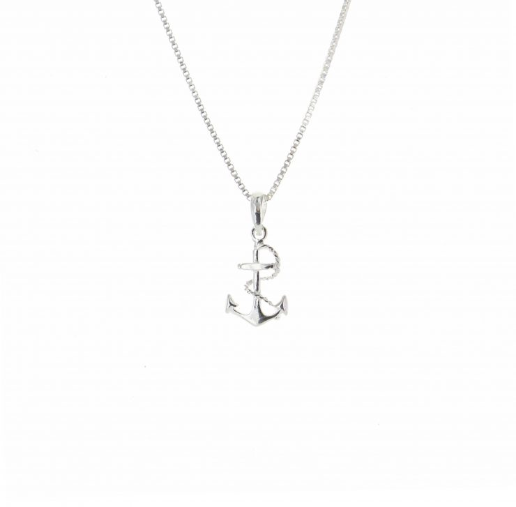 A photo of the Small Anchor and Rope Pendant product