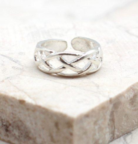 A photo of the The Intertwined Toe Ring product
