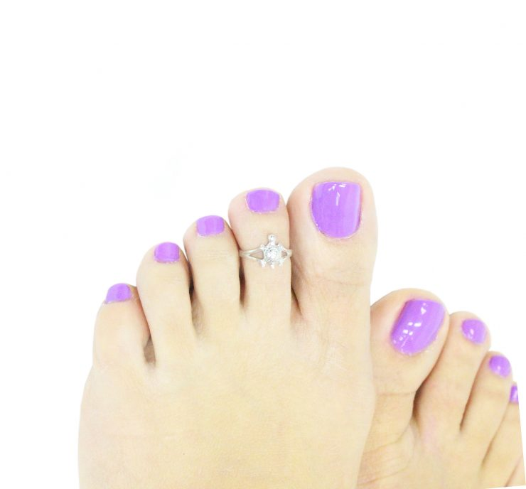 A photo of the The Hearts Over Hearts Toe Ring product