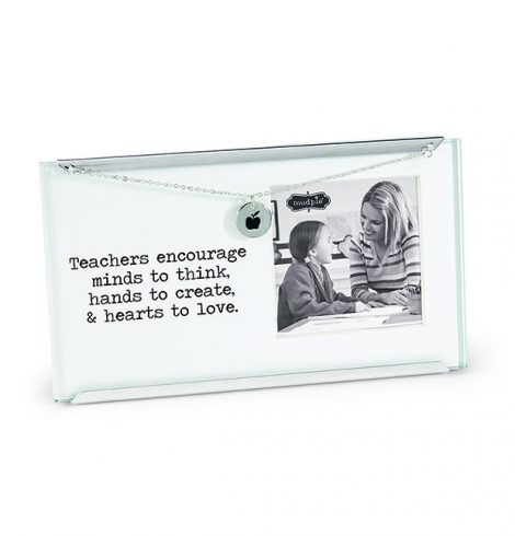 mudpie_teacher_small_clip_Frame