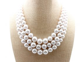 3strand_white_pearl_necklace