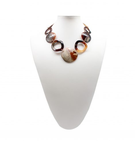 hallow_and_full_necklace_brown