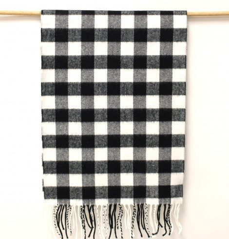 cashmere_feel_checks_blackwhite