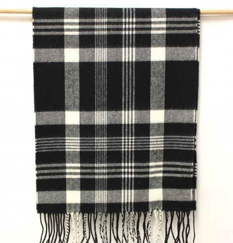 cashmere_feel_blackwhite_plaid