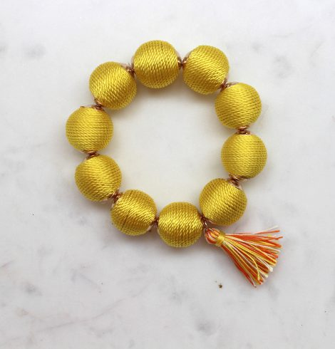 thread_ball_bracelet_yellow