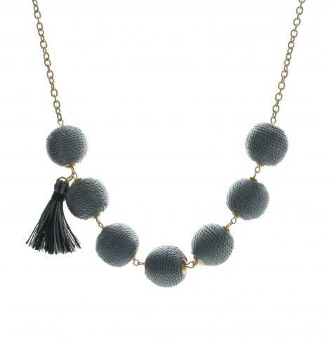 thread_ball_necklace_grey
