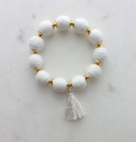 thread_ball_tassel_charm_bracelet_white