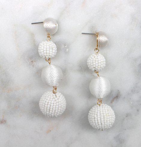 small_bead&thread_ball_earrings_white