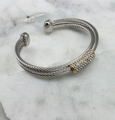 A photo of the Over Crossed Cable Bracelet product