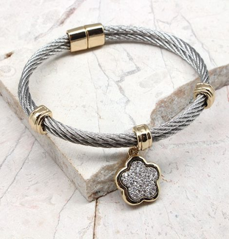 A photo of the flower Charm Cable Bracelet product