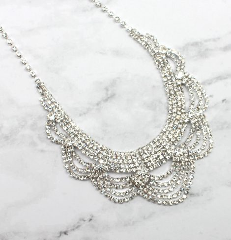 A photo of the Glistening Beauty Necklace product