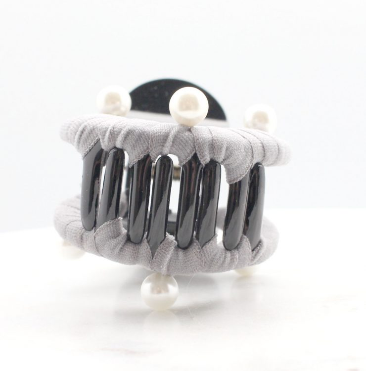 A photo of the Pearl-fection Claw Clip product