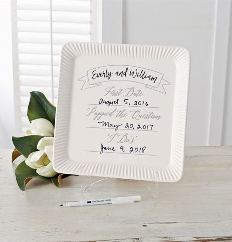 A photo of the Ceramic Commemorative Wedding Plate product