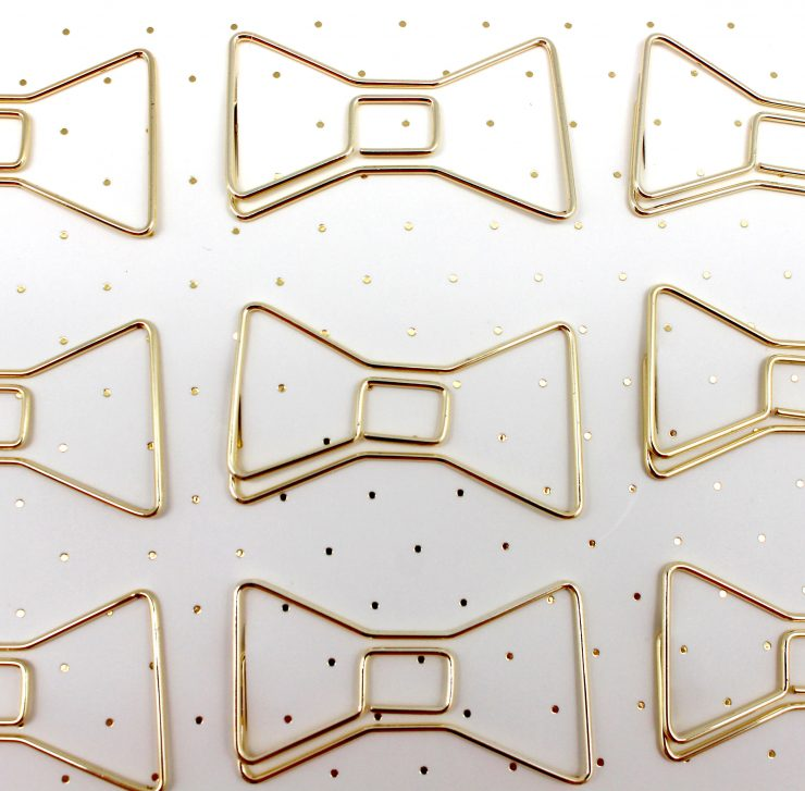 A photo of the Bow Tie Paper Clips product