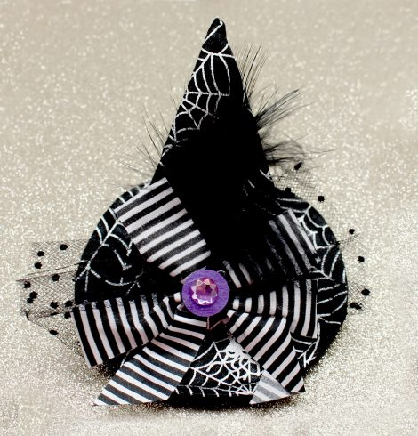 A photo of the Witch Clip Hat product