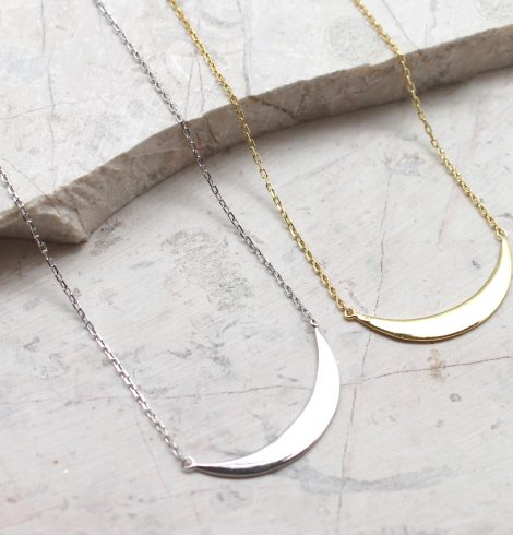 A photo of the Smile Bar Necklace product