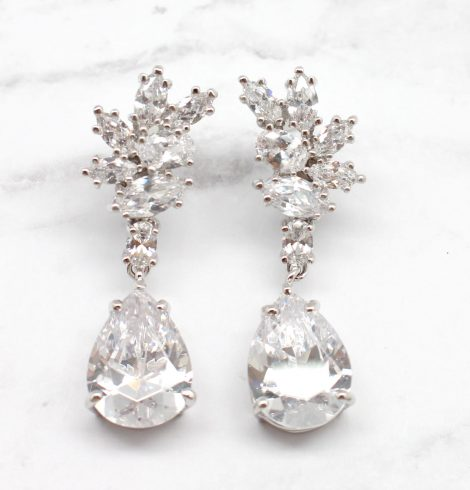 A photo of the Two Peas In A Pod Earring product