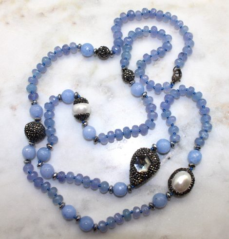 A photo of the Chels Necklace product