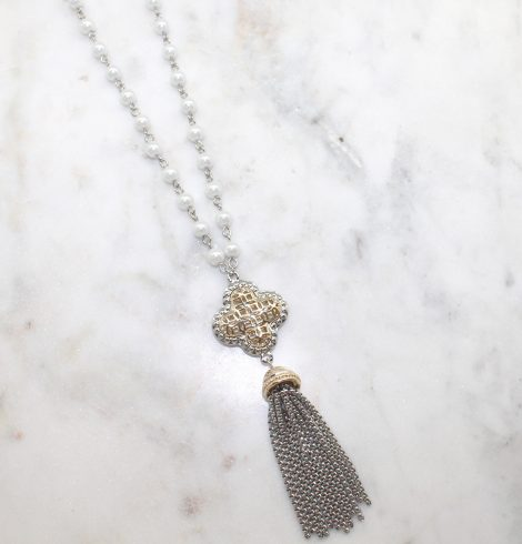 A photo of the Clover Pearl Necklace product