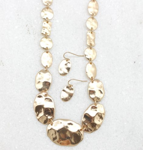 A photo of the Little Pieces Necklace product