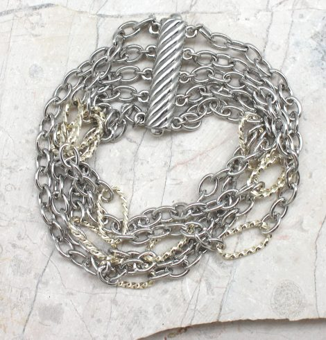 A photo of the Magnetic Link Bracelet product
