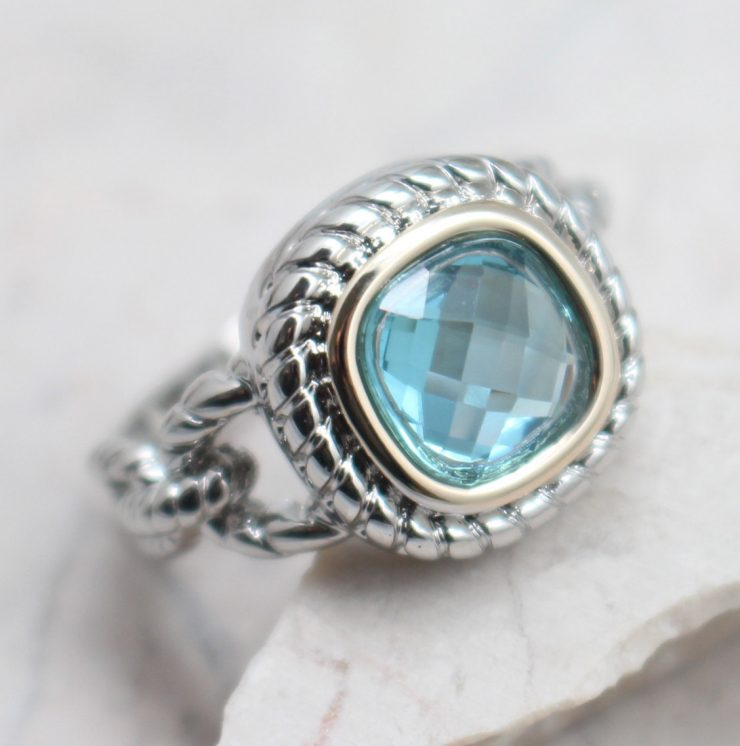 A photo of the Netti Ring product