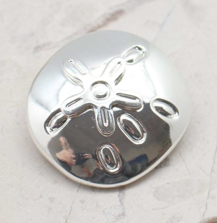 A photo of the Starfish Sea Biscuit Pendant product