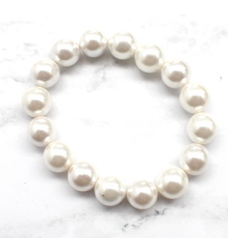 A photo of the Stretch Pearl Bracelet product