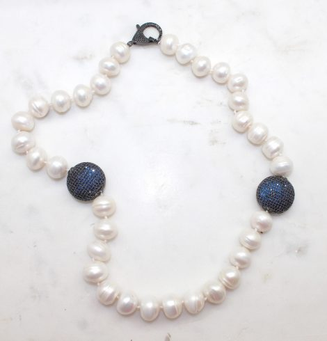 A photo of the Gia Necklace product