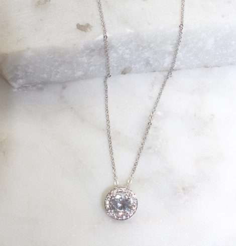 A photo of the Circle Pendant Chain Necklace product
