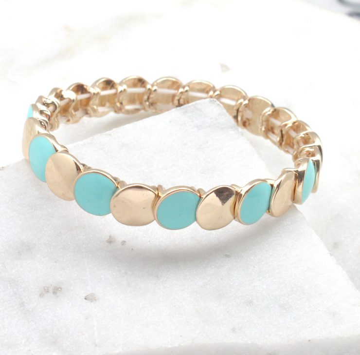 A photo of the Colorful Circular Stretch Bracelet product