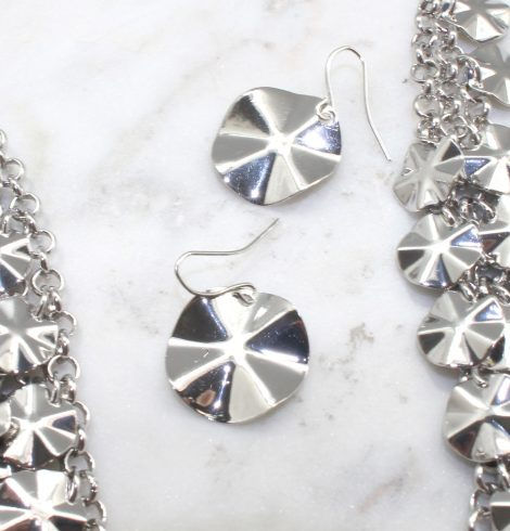 A photo of the Dangling Disc Necklace product