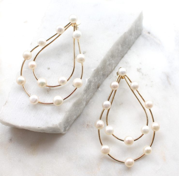 A photo of the Dazzle Earrings product