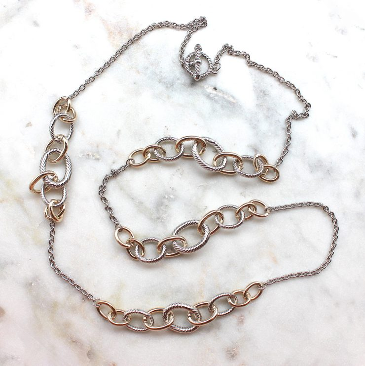 A photo of the Linked Necklace product