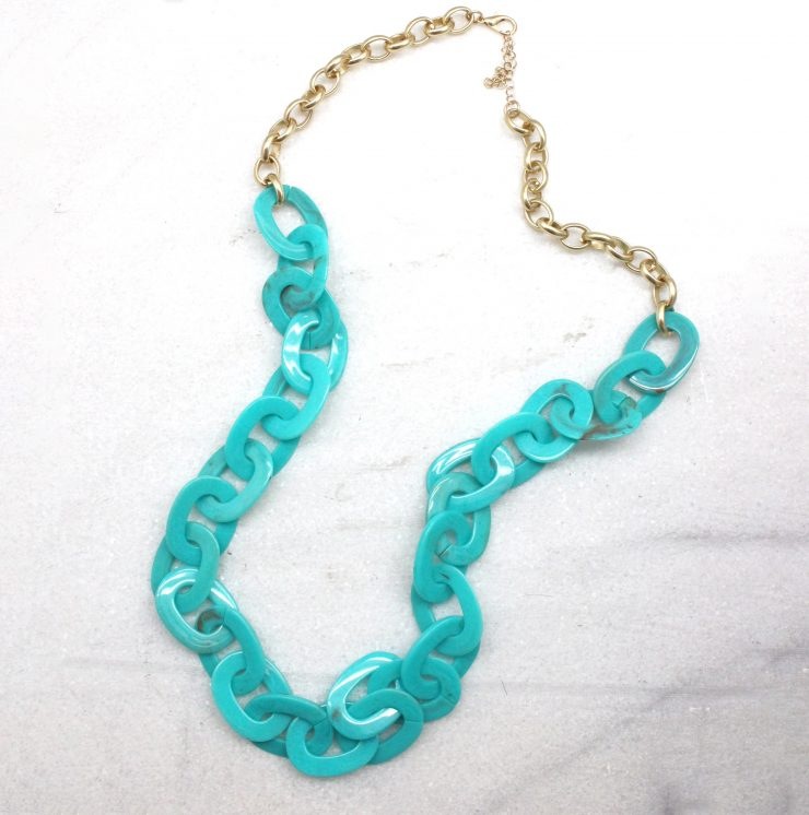 A photo of the Long Link Necklace product