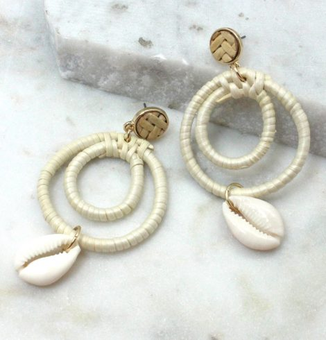 A photo of the Mahalo Earrings product