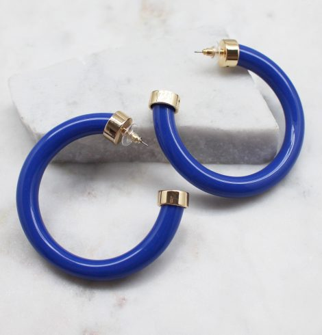 A photo of the Circle Up Hoop Earrings product