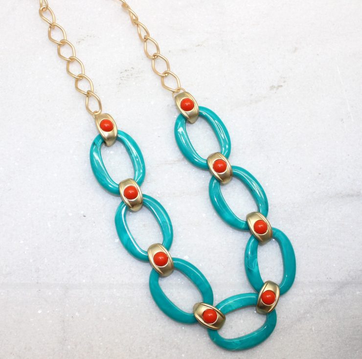 A photo of the Turquoise Link Necklace product
