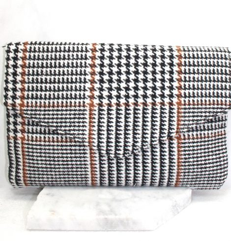A photo of the Houndstooth Clutch in Brown product