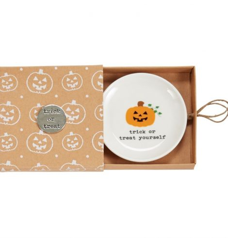 A photo of the Halloween Trinket Dishes product