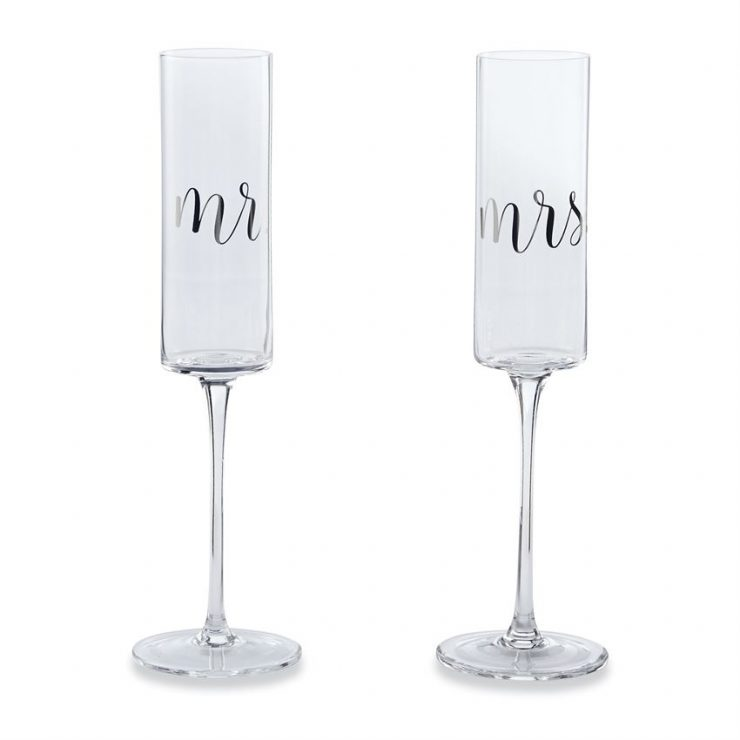 A photo of the Wedding Champagne Set product